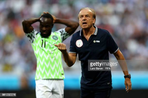 Gernot Rohr Manager of Nigeria issues instruction to his team during the 2018 FIFA World Cup Russia group D match between Nigeria and Iceland at...