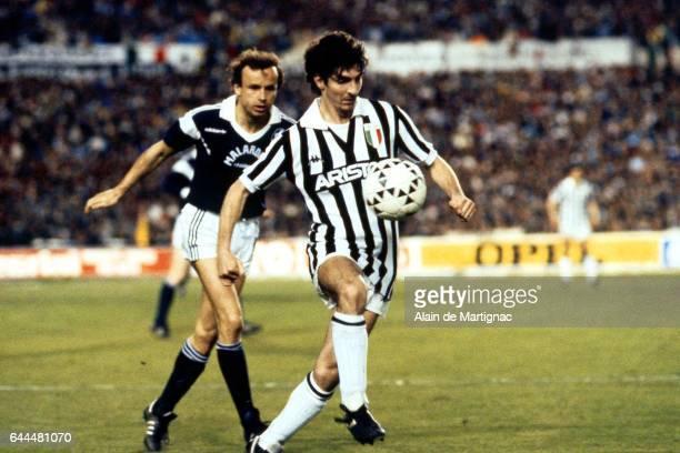 Gernot ROHR / Paolo ROSSI Bordeaux / Juventus Turin 1/2 finale retour Coupe d'Europe des Clubs Champions Bordeaux Photo Alain De Martignac / Icon...