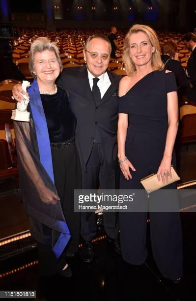 Gero von Boehm and his wife Christiane and Maria FurtwaenglerBurda attend the Bayerische Fernsehpreis 2019 at Prinzregententheater on May 24 2019 in...