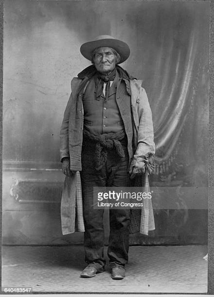 Geronimo Apache Chief opposed to US policy to consolidate his people onto reservations 1903