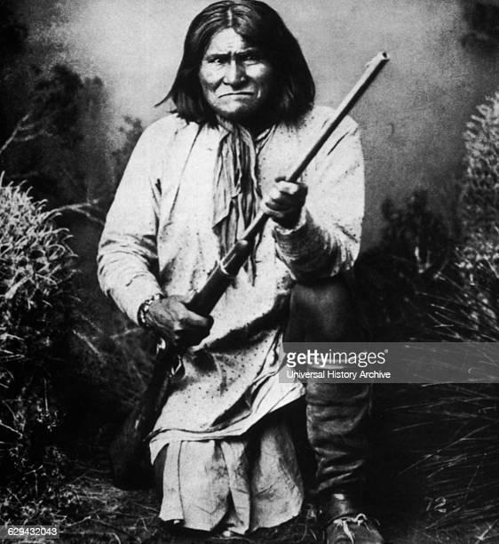 Geronimo Apache Leader Portrait Albumen Photograph 1884