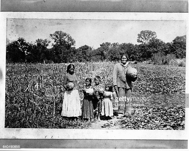 Geronimo poses with his family on his farm in Fort Sill Oklahoma 1895 | Location Fort Still Oklahoma USA