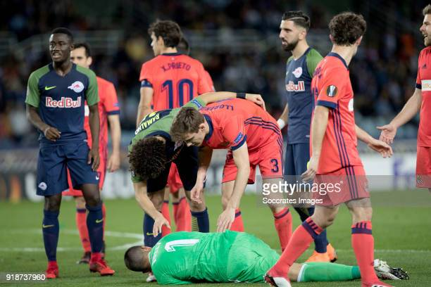 Geronimo Rulli of Real Sociedad Andre Ramalho of Red Bull Salzburg Diego Llorente of Real Sociedad during the UEFA Europa League match between Real...