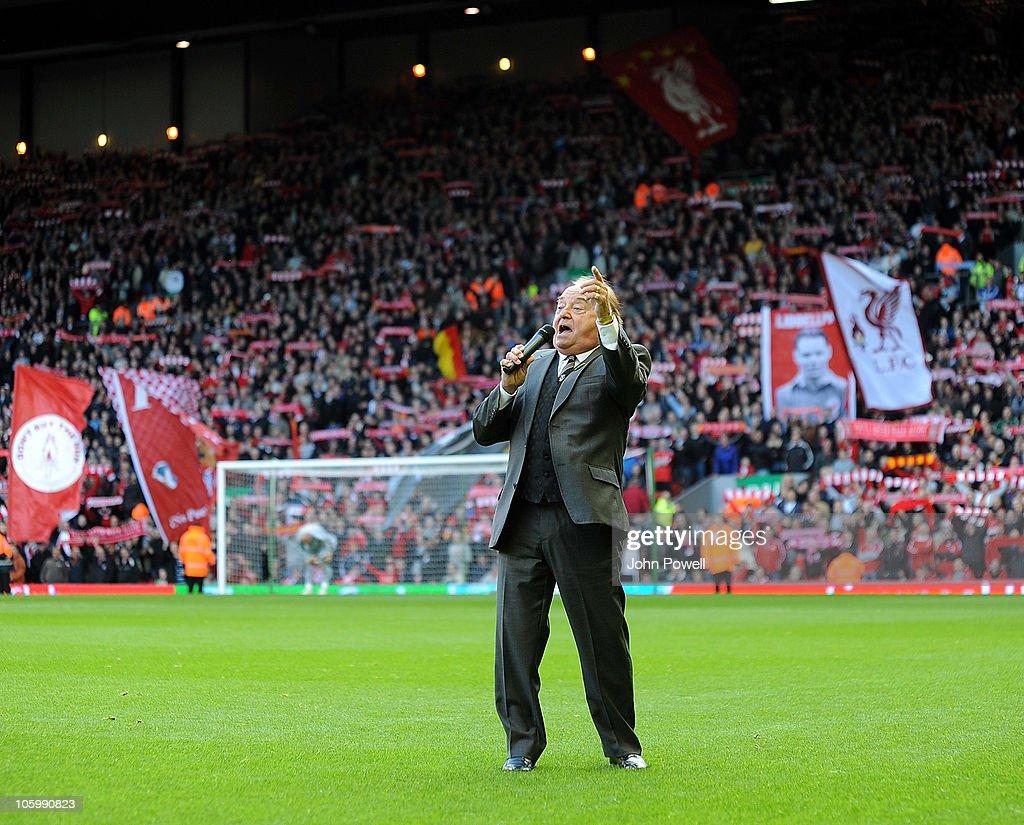 Liverpool v Blackburn Rovers - Premier League : Nachrichtenfoto