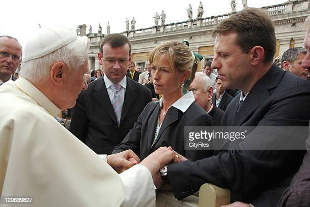 Gerry McCann and Kate McCann meet with Pope Benedict XVI