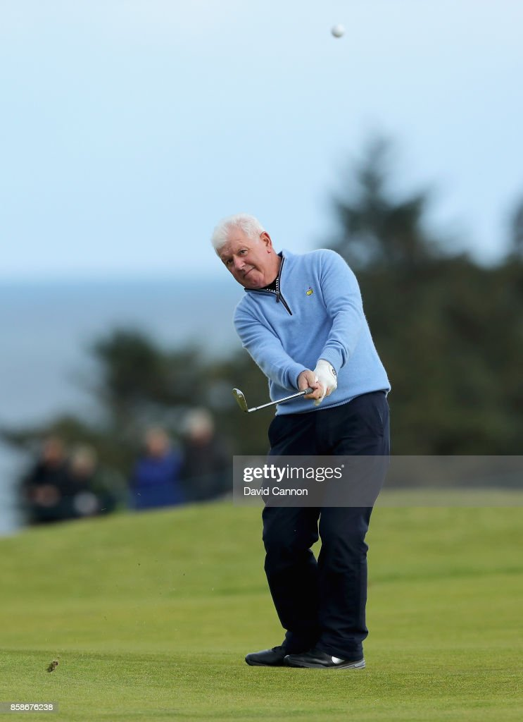 Gerry McIlroy of Northern Ireland plays his third shot on the ninth hole during the third round of the 2017 Alfred Dunhill Links Championship on the Kingsbarns Golf Links on October 7, 2017 in Kingsbarns, Scotland.