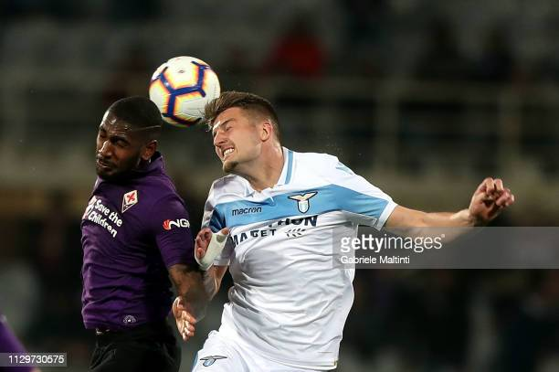Gerson of ACF Fiorentina in action against Sergej MilinkovicSavic of SS Lazio during the Serie A match between ACF Fiorentina and SS Lazio at Stadio...