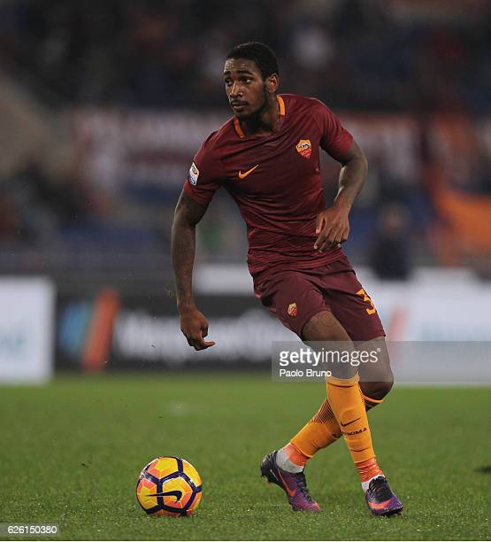 Gerson of AS Roma in action during the Serie A match between AS Roma and Pescara Calcio at Stadio Olimpico on November 27 2016 in Rome Italy