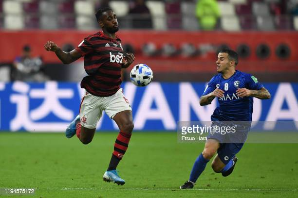 Gerson of Flamengo and Sebastian Giovinco of Al Hilal compete for the ball during the FIFA Club World Cup Qatar Semifinal between CR Flamengo and Al...