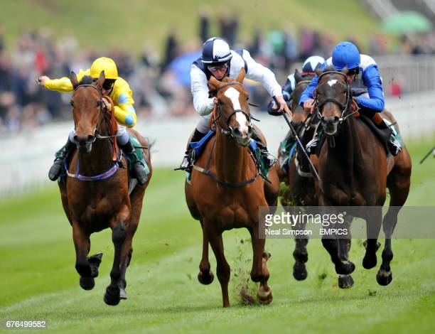 Gertrude Bell ridden by William Buick up wins from Acquainted ridden by Richard Hughes and Champagnelifestyle ridden by Michael Hills
