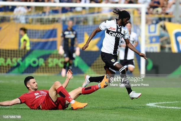 Gervinho of Parma Calcio in action during the serie A match between Parma Calcio and Cagliari at Stadio Ennio Tardini on September 22 2018 in Parma...