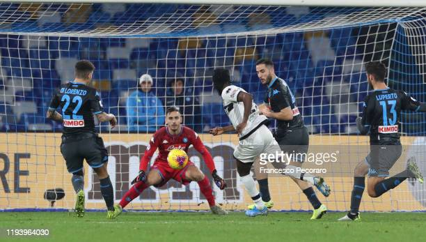 Gervinho of Parma Calcio scores the 12 goal during the Serie A match between SSC Napoli and Parma Calcio at Stadio San Paolo on December 14 2019 in...