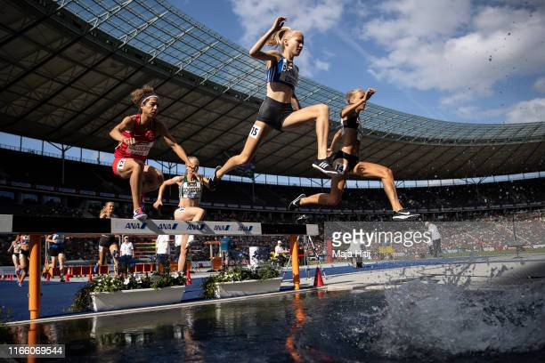 Gesa Krause celebrates after winning 3000 m steeplechase Final at German National Championship in Athletics on August 04, 2019 in Olympiastadion in...