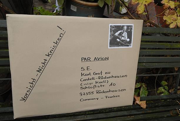 Geschenk (überdimensionaler Brief) für Karl Graf zu Castell-Rüde ...