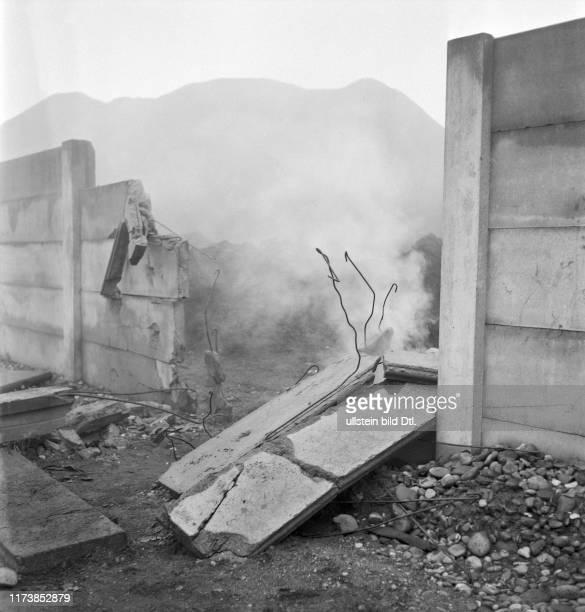 Geschosseinschläge im Basler Rheinhafen 1944