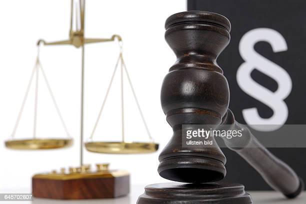 Gesetz, Gesetze, Gesetzgebung, Gerechtigkeit, Justiz, Urteil, Urteile, Justizwesen, Richter, Gericht, Gerichte, Paragraph, Paragraphen,...