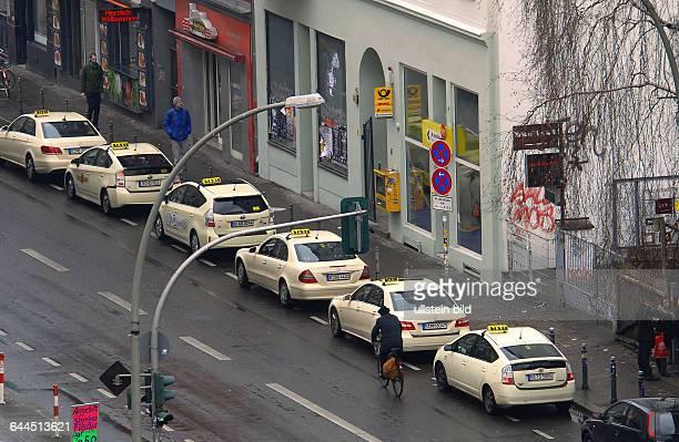 Gestern wurde der Postshop hier in der Brueckenstrasse am spaetenVormittag ueberfallen heute ist wieder Normalitaet eingezogenDie Strasse ist stark...