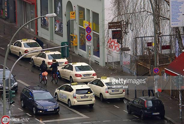 Gestern wurde der Postshop hier in der Brueckenstrasse am spaetenVormittag ueberfallen, heute ist wieder Normalitaet eingezogen.Die Strasse ist stark...