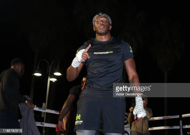 KSI gestures to the camera after working out at Venice Beach ahead of KSI vs Logan Paul 2 on November 05 2019 in Venice California KSI vs Logan Paul...