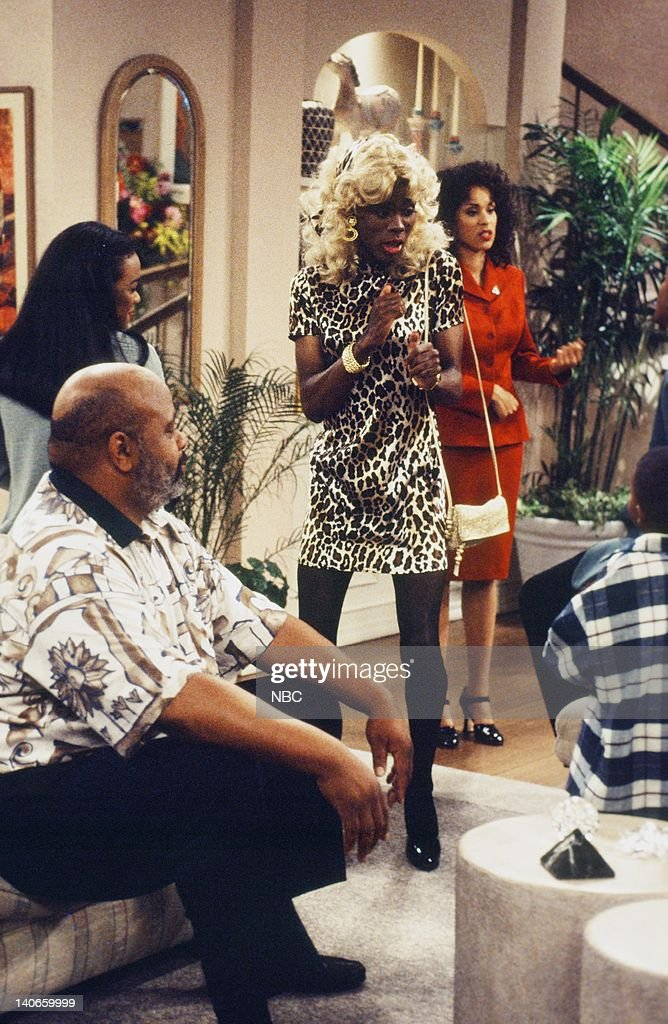 AIR, THE -- 'Get a Job' Episode 2 -- Pictured: (l-r) James Avery as Philip Banks, Tatyana Ali as Ashley Banks, Chris Rock as Jasmine, Karyn Parsons as Hilary Banks -- Photo by: Jan Sonnenmair/NBCU Photo Bank