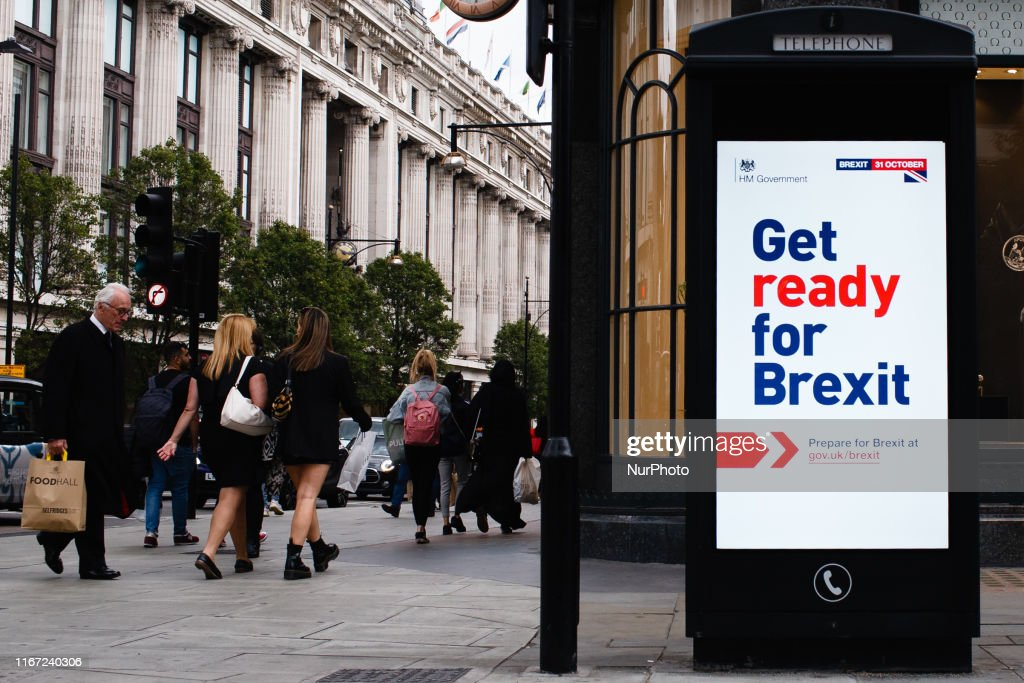 'Get Ready For Brexit' Information Screen In Central London : News Photo