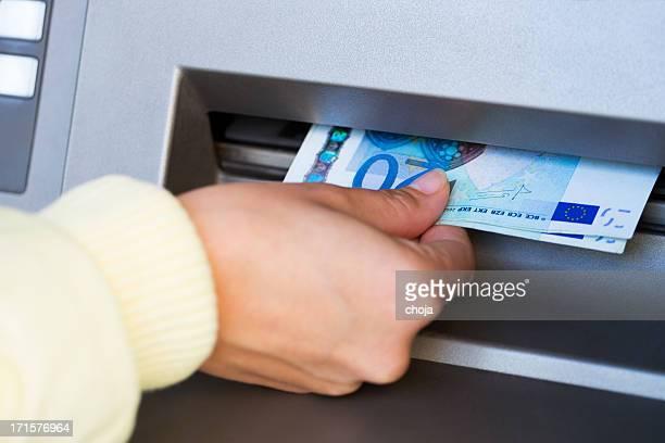 Immer Bargeld aus ATM.twenty euro-Scheinen