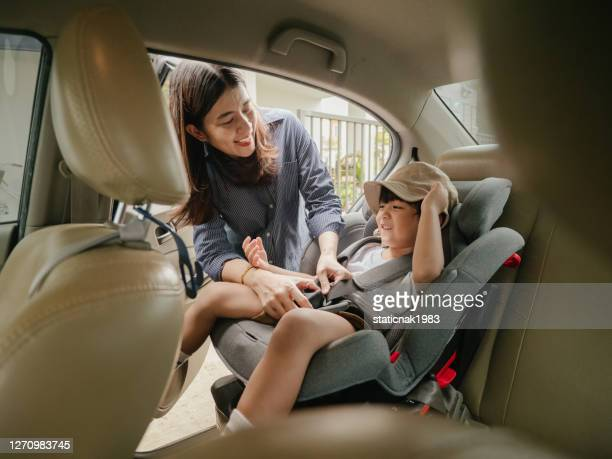 getting ready for first day at school - first occurrence stock pictures, royalty-free photos & images