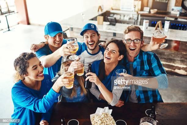 Het spel begon met een ronde van bieren krijgen