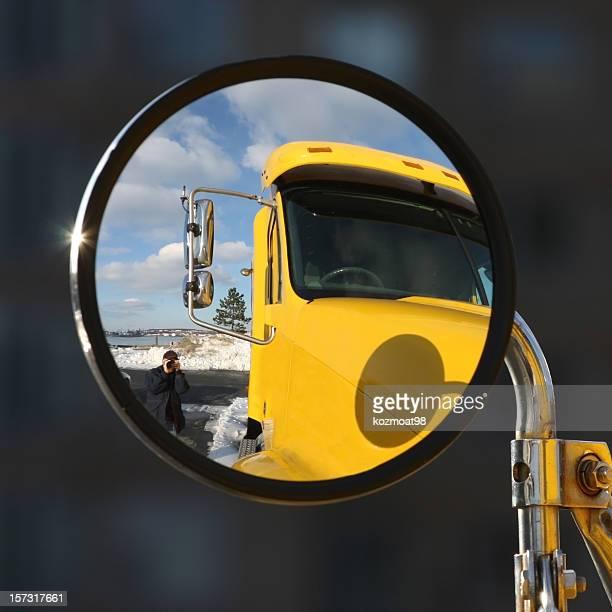 machen sie die aufnahme - vehicle mirror stock-fotos und bilder
