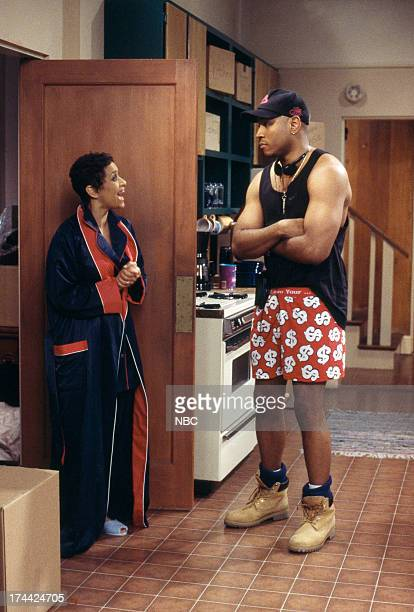 HOUSE Getting to Know You Episode 1 Pictured Debbie Allen as Jackie Warren LL Cool J as Marion Hill