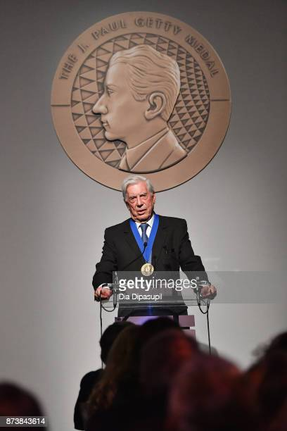 Getty Medal Award Recipient Mario Vargas Llosa speaks onstage during the Getty Medal Dinner 2017 at The Morgan Library Museum on November 13 2017 in...