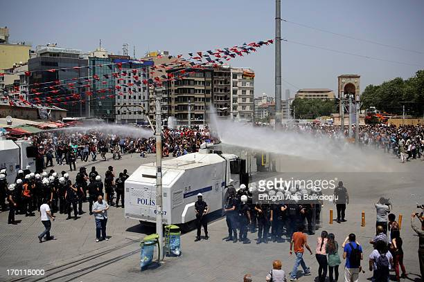 CONTENT] Gezi Park Occupy police polis toma panzer water canon su topu meydan square gezi park taksim gosteri demonstration rebel young peoplesiddet...
