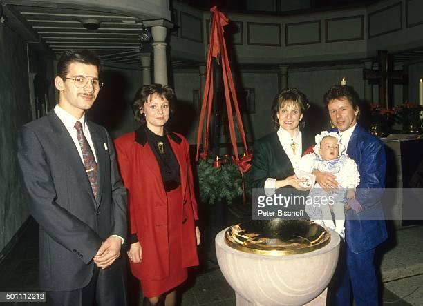 GGAnderson Ehefrau Monika Grabowski Sohn Baby PhilippMarcel Taufpaten Thomas Geilfuß Schwägerin Roswitha Taufe Marktkirche Eschwege Hessen...