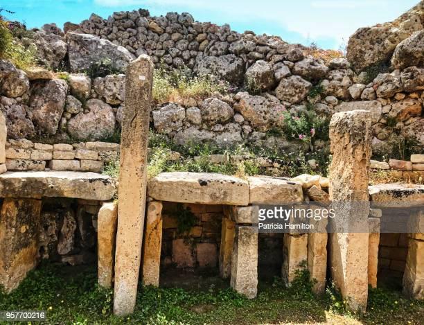 ggantija temple complex, gozo, malta - insel gozo malta stock-fotos und bilder