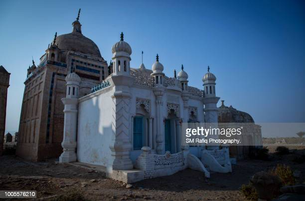 ghaibi dero -the family graveyard of chandio tribe - sind stock photos and pictures