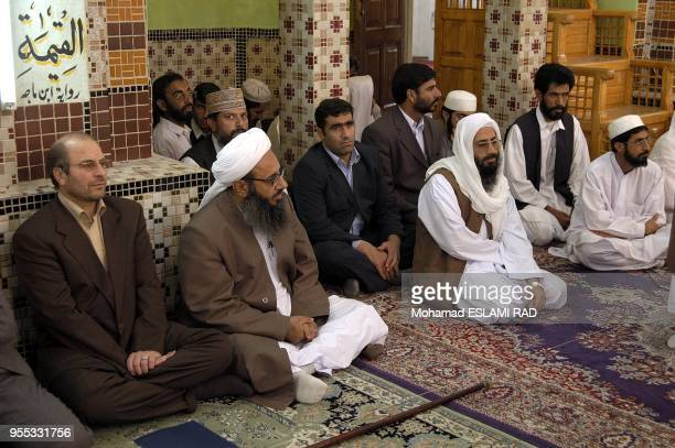 Ghalibaf with Leader of Sunnite Muslems in Makki Mosque in Zahedan