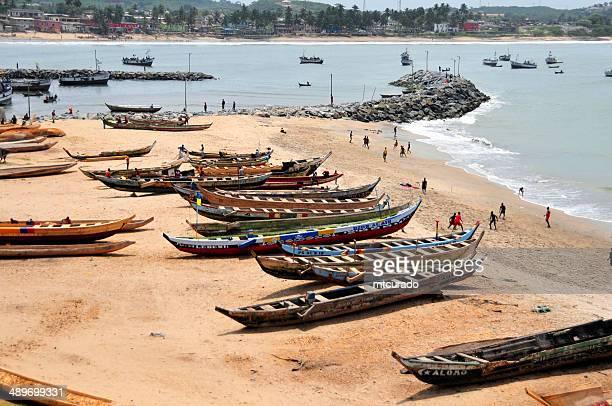 Ghana, Elmina - fishing boats and soccer