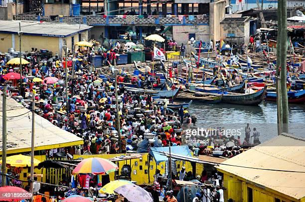 Ghana, Elmina - market and fishing boats