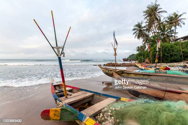 ghana, fishing village on the atlantic ocean - ghana stock pictures, royalty-free photos & images