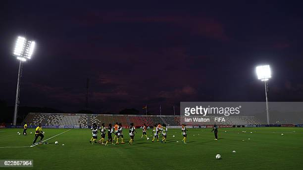 Ghana playes train at PNG stadium ahead of the FIFA U20 Women's World Cup Papua New Guinea 2016 on November 12 2016 in Port Moresby Papua New Guinea