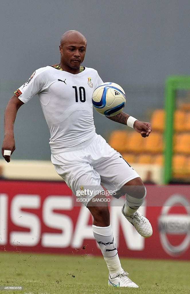 Ghana's midfielder Andre Ayew controls the ball during the 2015 African Cup of Nations quarter final football match between Ivory Coast and Algeria in Malabo, on February 1, 2015.