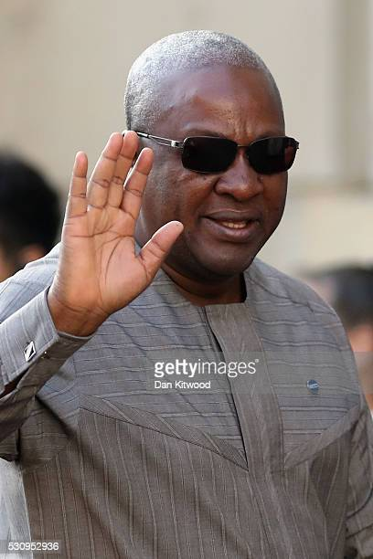 Ghana's President John Dramani Mahama arrives at Lancaster House for the international anticorruption summit on May 12 2016 in London England Leaders...