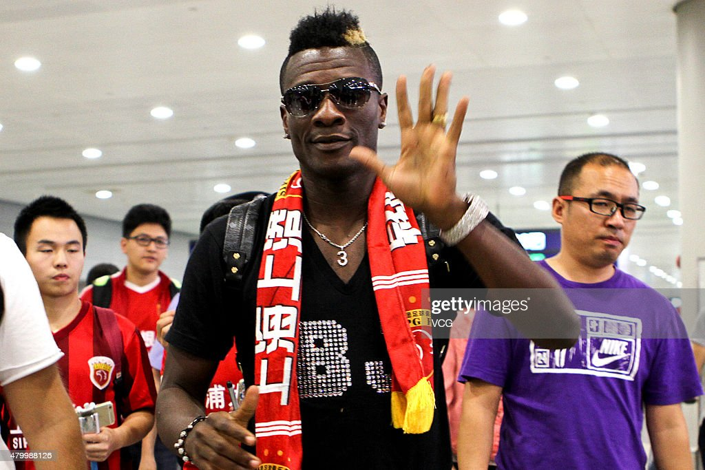 Asamoah Gyan Arrives In Shanghai