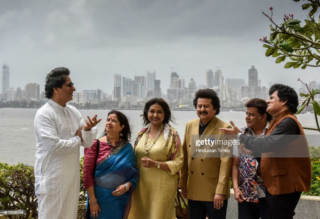 Ghazal singers Talat Aziz Rekha Bhardwaj Mitali Singh Pankaj Udhas Anup Jalota and Sudeep Banerjee after the announcement of the 16th Khazana Ghazal..