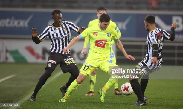 20171221 Ghent Belgium / Kaa Gent v Sporting Charleroi / 'nDodi LUKEBAKIO Roman YAREMCHUK'nFootball Jupiler Pro League 2017 2018 Matchday 20 /...