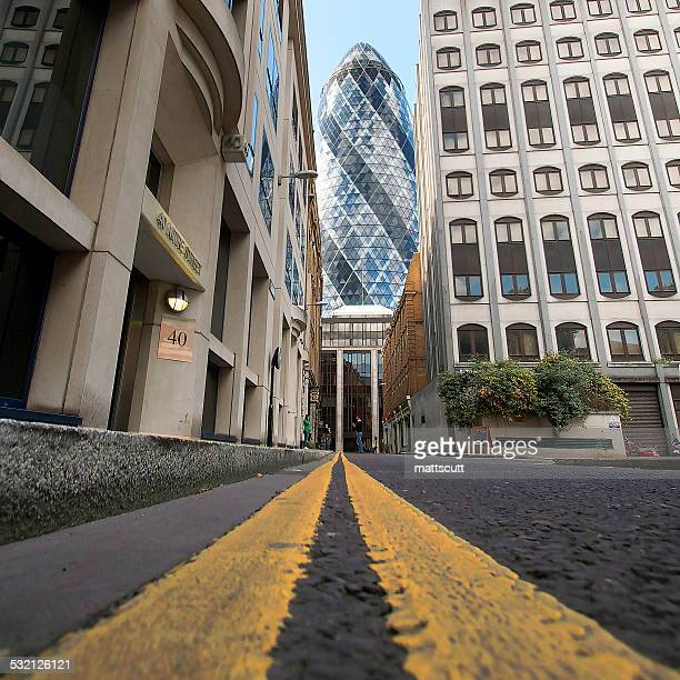gherkin building, london, england, uk - mattscutt stock pictures, royalty-free photos & images