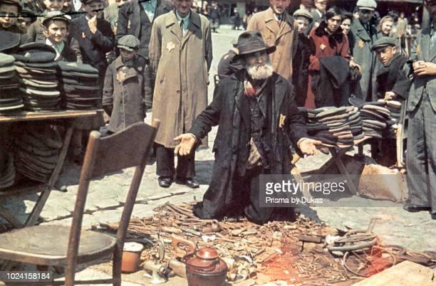 Ghetto Lodz, Litzmannstadt, A scrap dealer with his goods, Poland 1940, World War II.