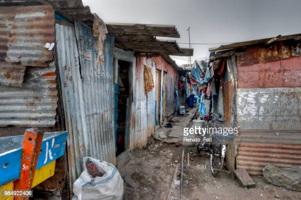 ghetto - indian slums stock pictures, royalty-free photos & images