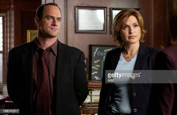 UNIT Ghost Episode 16 Pictured Christopher Meloni as Detective Elliot Stabler Mariska Hargitay as Detective Olivia Benson