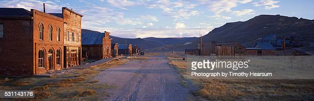 ghost town - timothy hearsum stock pictures, royalty-free photos & images